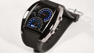 Часы наручные Спидометр                                                                                         (Цвет ремешка : Черный   )